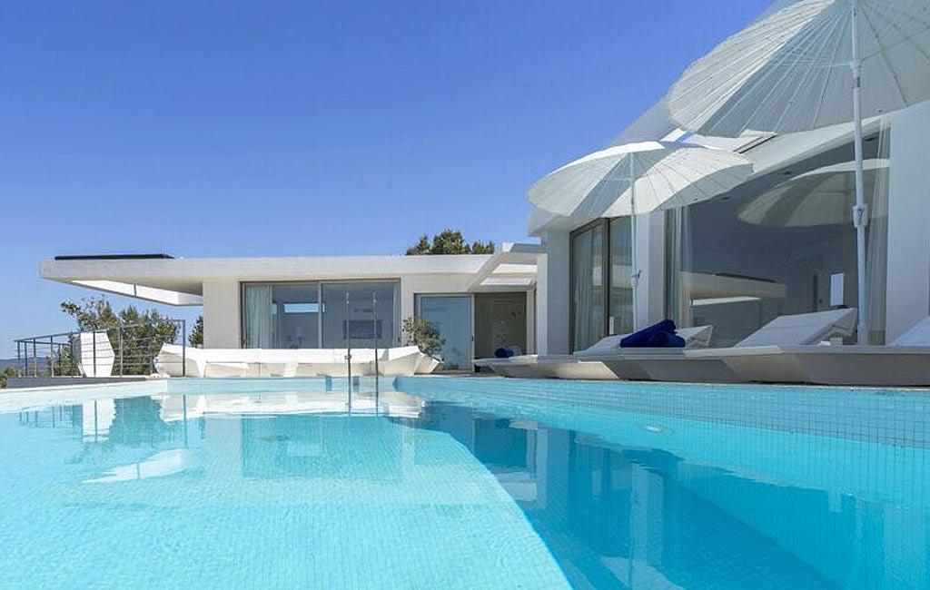 Alquiler de villas privadas de lujo en Ibiza. Villa Can Rimbau. Servicios VIP en Ibiza. Consulting Services Ibiza-1
