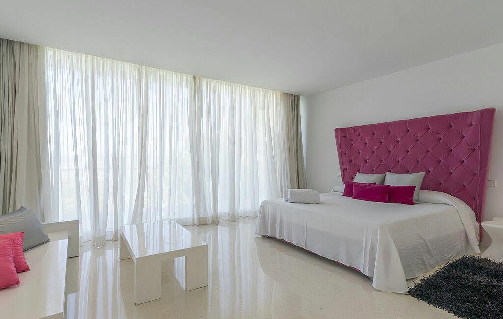 Alquiler de villas privadas de lujo en Ibiza. Villa Can Rimbau. Servicios VIP en Ibiza. Consulting Services Ibiza-4