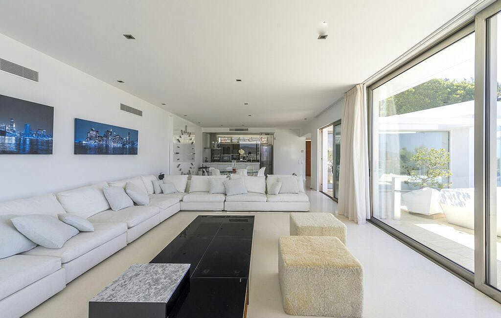 Alquiler de villas privadas de lujo en Ibiza. Villa Can Rimbau. Servicios VIP en Ibiza. Consulting Services Ibiza-8