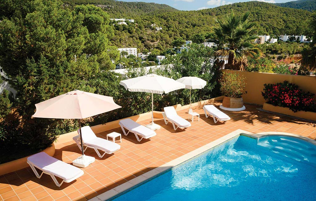 Rental of private luxury villas in Ibiza. Villa Mercedes. VIP services in Ibiza. Consulting Services Ibiza-8