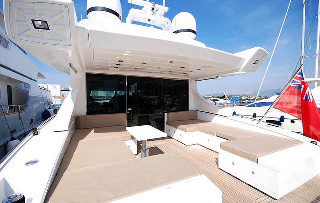 rental of luxury yachts and sailing yachts in Ibiza. VIP services Ibiza. consulting services ibiza-3