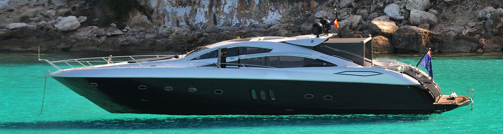 reservation of luxury yachts and sailing yachts in Ibiza. Consulting Services Ibiza