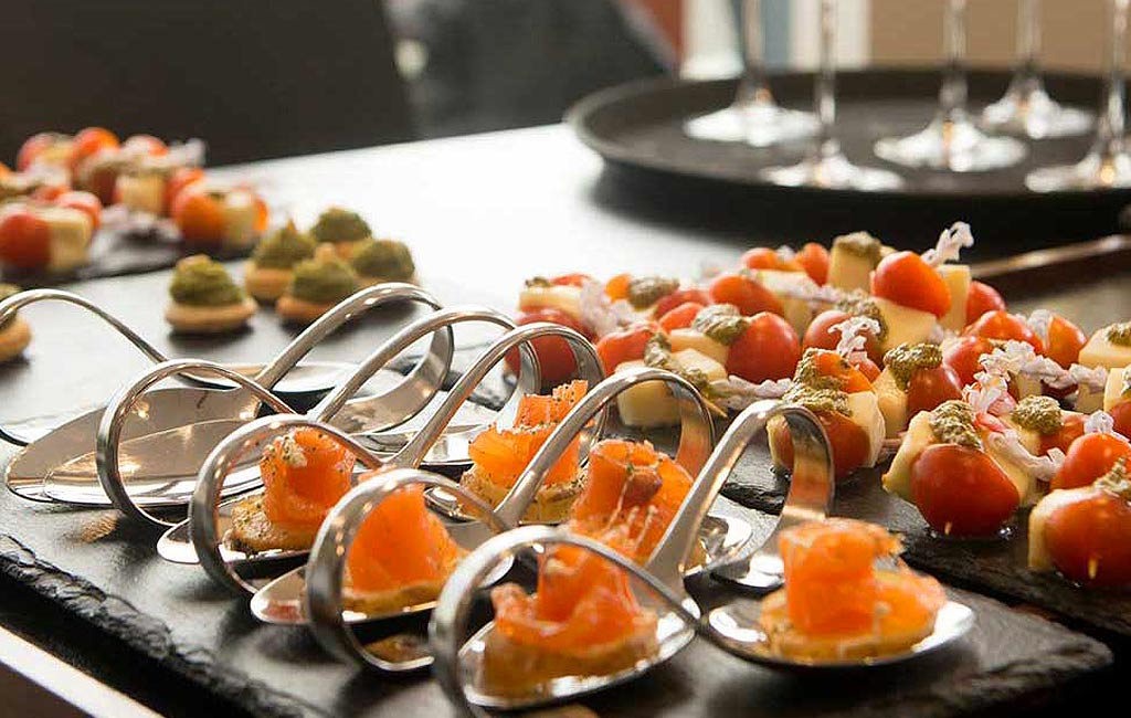Home catering service in Ibiza. VIP services ibiza. Consulting Services Ibiza