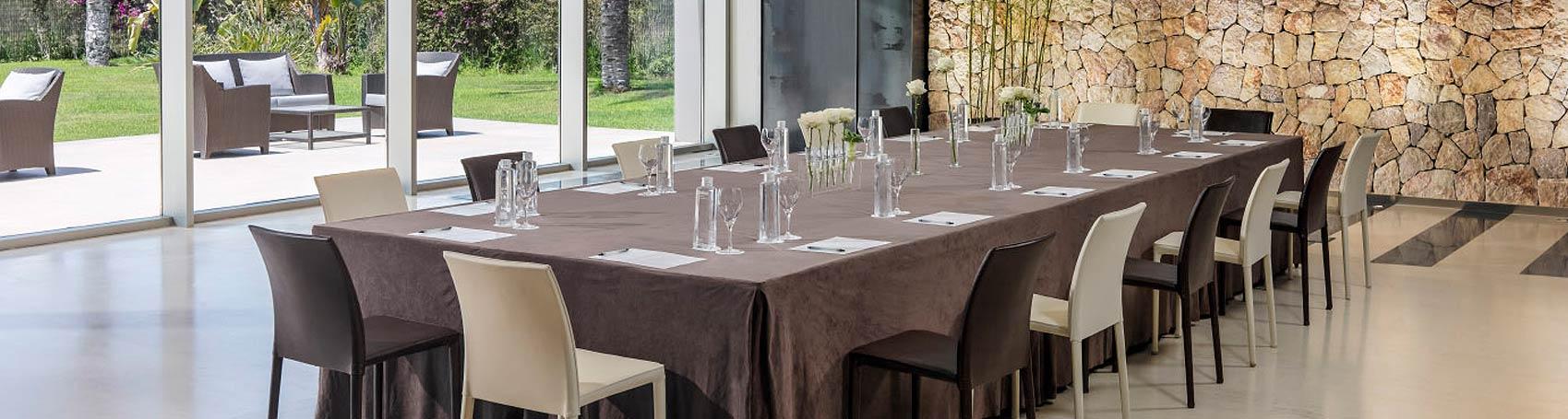 Organización de eventos de empresa, corporativos, bodas y fiestas privadas en Ibiza. Servicios VIP. Consulting Services Ibiza