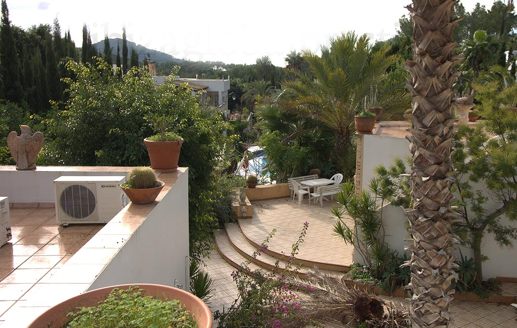 Sale of private luxury villas in Ibiza. Villa en clasica can furnet. VIP services in Ibiza. Consulting Services Ibiza-1