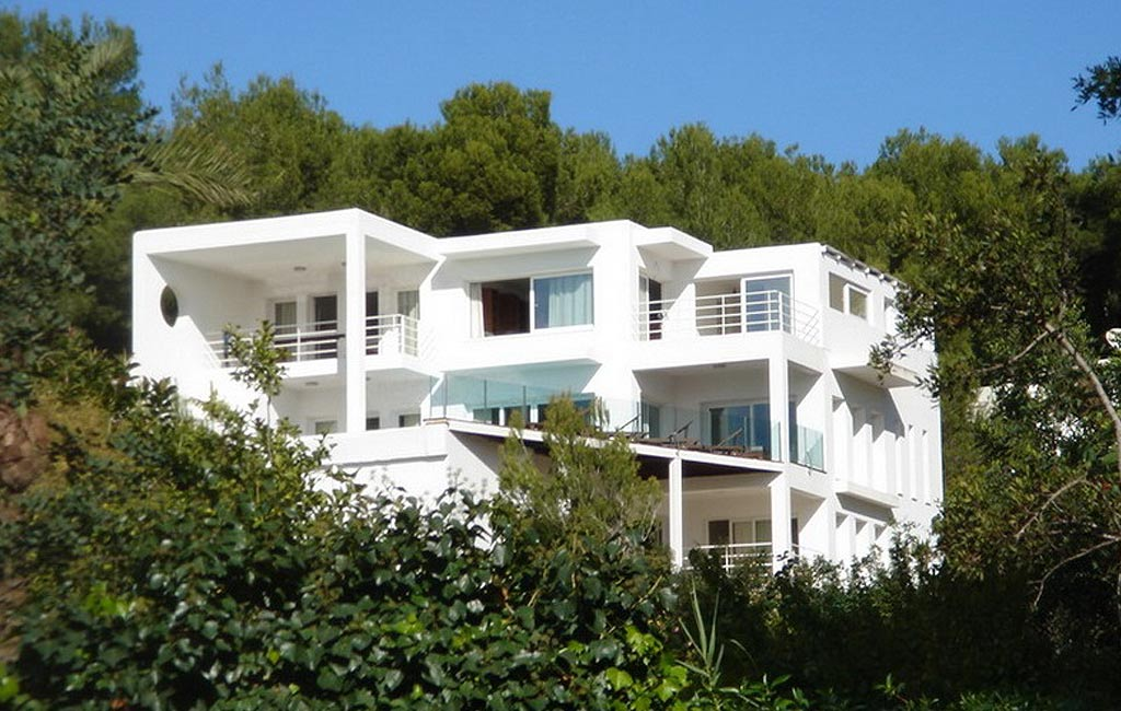 Sale of private luxury villas in Ibiza. Villa en miami can furnet. VIP services in Ibiza. Consulting Services Ibiza-1