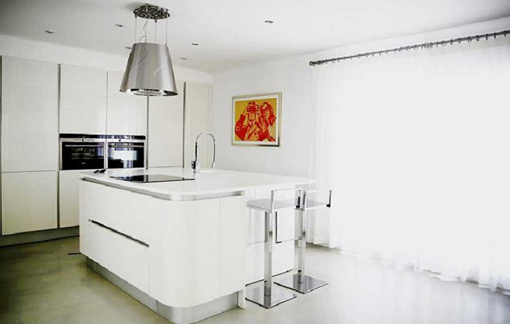 Sale of private luxury villas in Ibiza. Villa minimalista can furnet VIP services in Ibiza. Consulting Services Ibiza-3