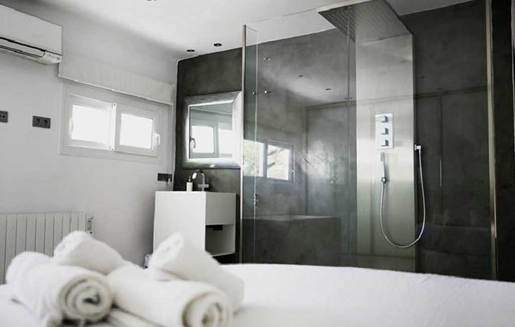 Sale of private luxury villas in Ibiza. Villa minimalista can furnet VIP services in Ibiza. Consulting Services Ibiza-5