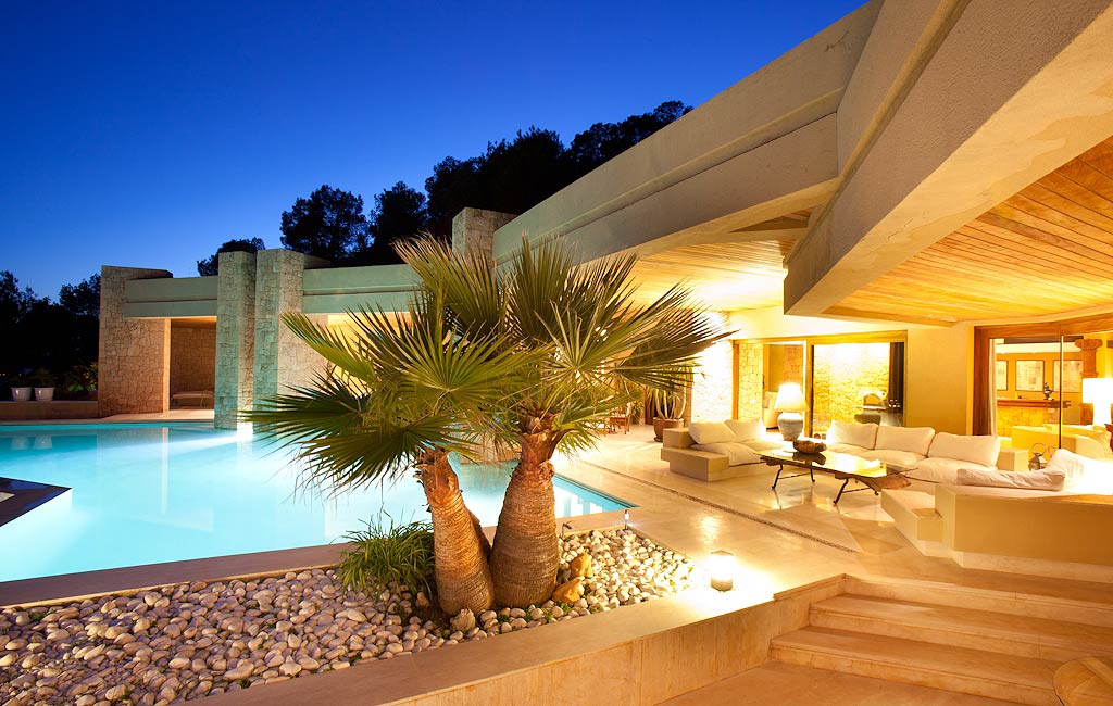 Rental of private luxury villas in Ibiza. Villa Isabelina. VIP services in Ibiza. Consulting Services Ibiza-5